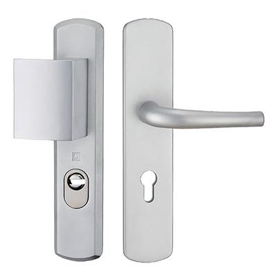 Ensemble-sécurité-blindée-et-cylindre-porte_5-min